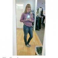 Carly2000